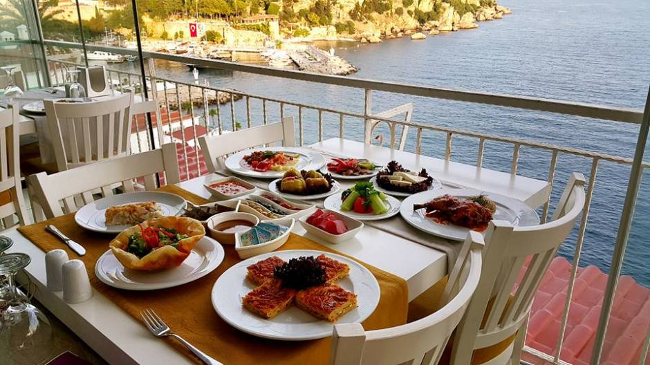 Antalya Balık Restaurant 0541 5418200 Kabare Saçıbeyaz Restaurant (1)