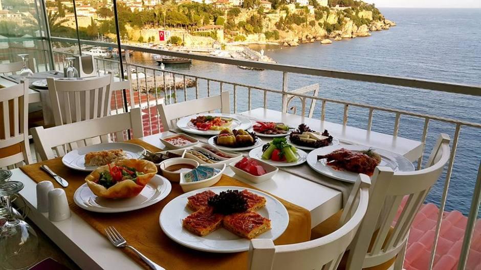 Antalya İftar Menüleri 0541 5418200 Kabare Saçıbeyaz Restaurant  (2)