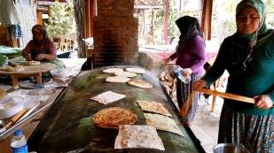 antalya çakırlar kahvaltı mekanları gözlemeciler arife kır sofrası (70)