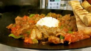 antalya etli ekmek nasreddin restaurant antalya firin kebabi (17)