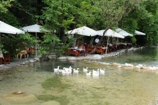 antalya kemer ulupınar kahvaltı mekanları yarıkpınar meydan restaurant (2)
