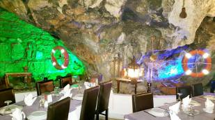 Ekici Restaurant - 0242 2484142 antalya kaleiçi yat limanı mekanlar restaurant bar balık evi (13)