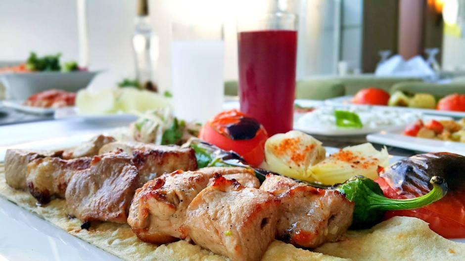 antalya-ocakbasi-restoranlar-lokantalar-05363323032-alkollu-ickili-mekanlar-et-lokantasi-en-iyi-ocakbasi-canli-muzik-10