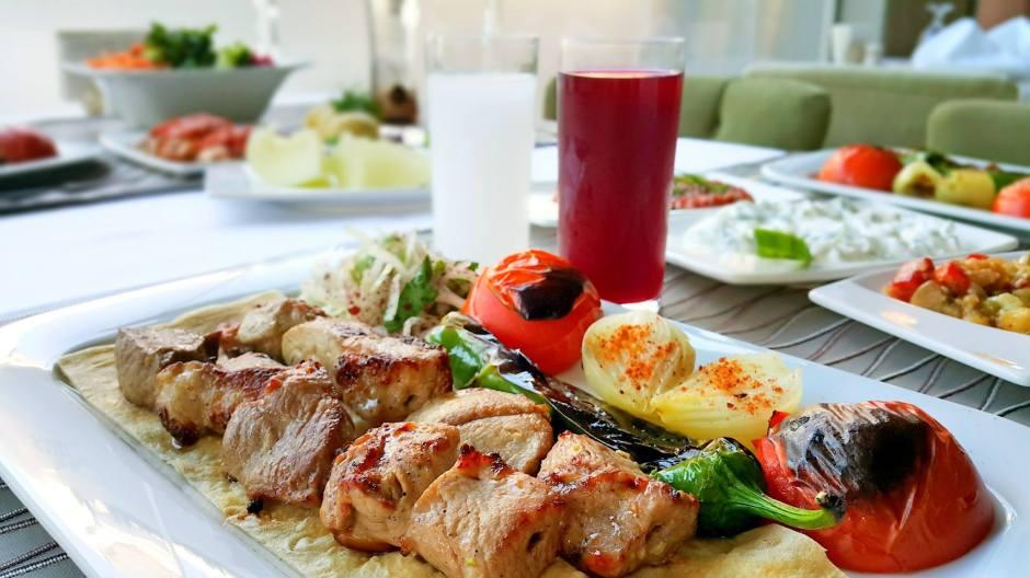 antalya-ocakmasi-restoranlar-05363323032-alkollu-ickili-mekanlar-et-lokantasi-en-iyi-ocakbasi-18