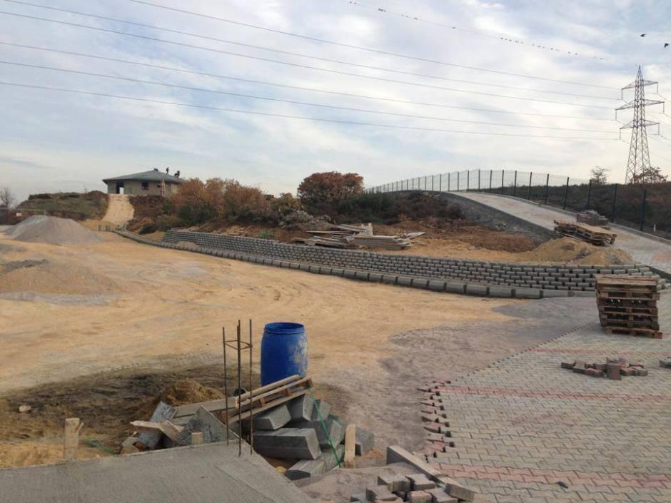 manavgat-beton-direk-0533-745-93-54-boru-direk-tel-cit-dekoratif-panel-cit-ferforje-kapi-korkuluk-tenis-kortu-futbo-sahasi-uygulamalari-3